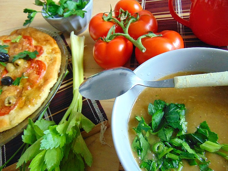 Soupe à la tomate rapide.