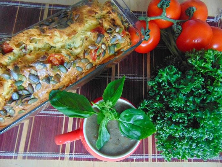 Cake aux tomates et feta. La recette facile.