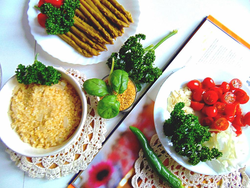 Salade de boulgour aux asperges.